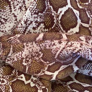 PrettyLittleThing Pants - PrettyLittleThing Snakeskin Set